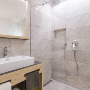 Badezimmer im Chalet Sommer