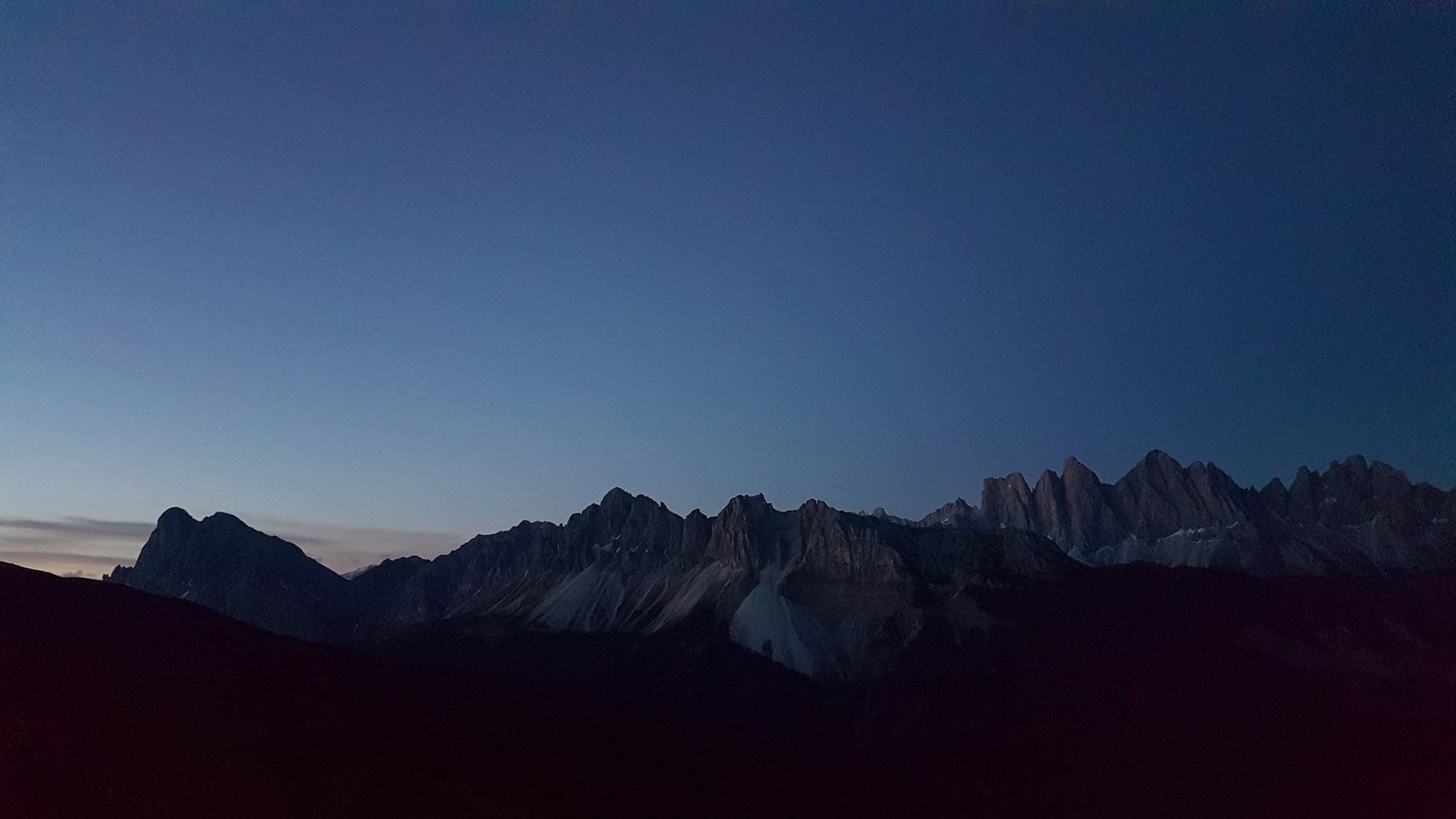 Geisler und Peitlerkofl vor Sonnenaufgang